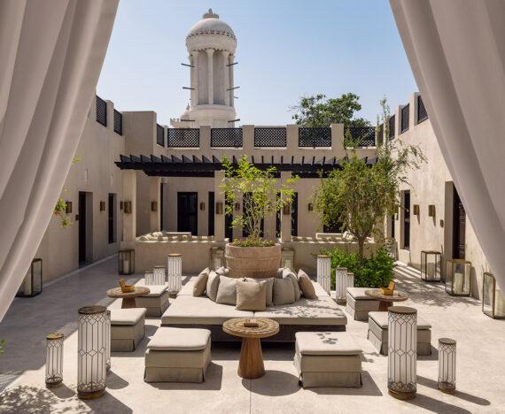 FINESSE, Travel, Magazin, Geheimtipp, Reisen, Al Bait Sharjah, Dubai, Luxus, Arabisch, Oase, Innenhof