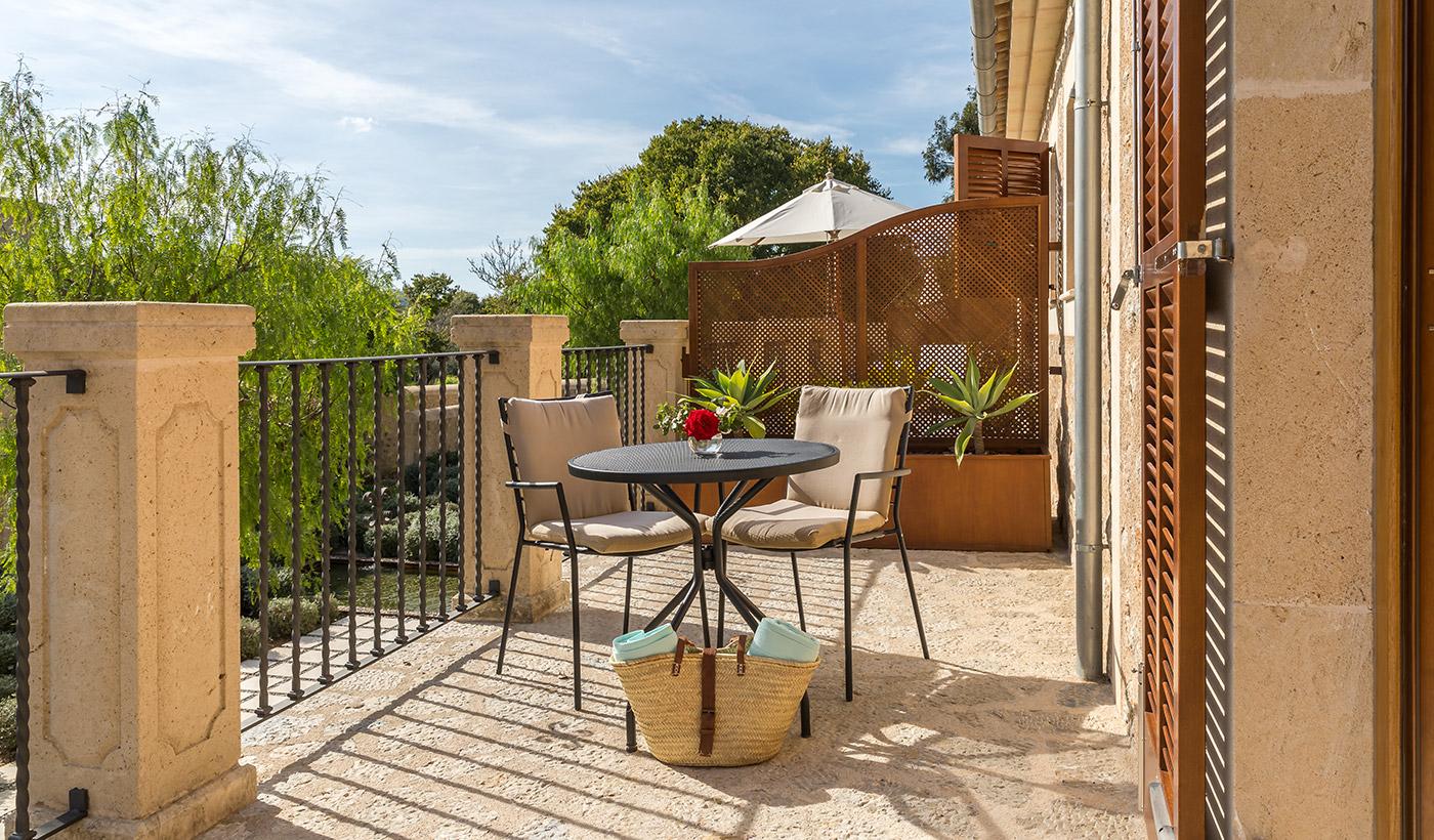 FINESSE, Magazin, Travel, Gourmet, Food, Mallorca, Hotel, Castell Son Claret, Luxusurlaub, Luxusrefugium, Deluxe Terrasse,