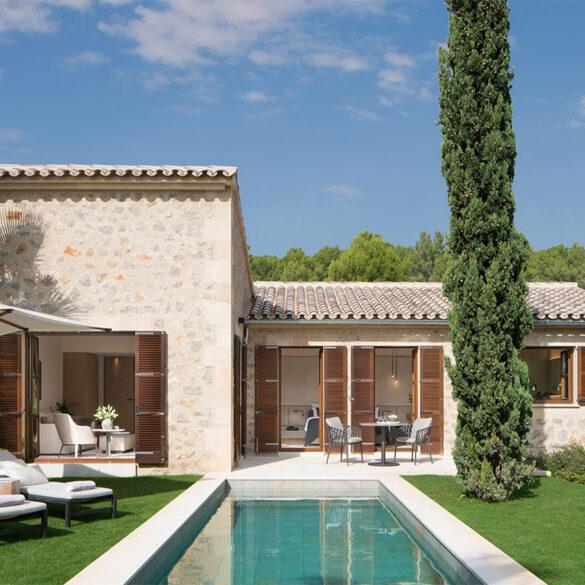 FINESSE, Magazin, Travel, Gourmet, Food, Mallorca, Hotel, Castell Son Claret, Luxusurlaub, Luxusrefugium, Pool Suite, Gartenansicht, Villa