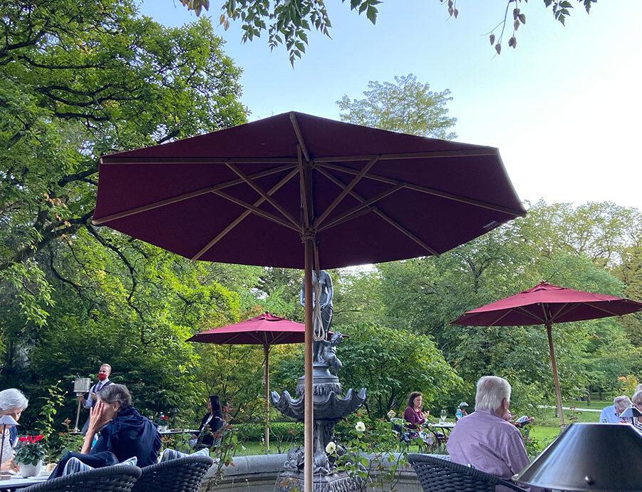 FINESSE, Magazin, Brenners Park Hotel, Travel, Gourmet, Reise, Selektion Deutscher Luxushotels, Fritz & Felix, Farid Fazel, Terrasse